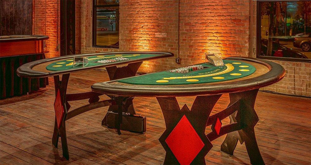 blackjack-tables